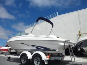 2004 Sea Ray 190 Cruiser