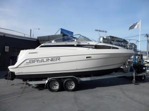 1998 Bayliner 2355 Cruiser