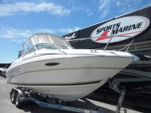 1997 Sea Ray 215 Express Cruiser