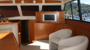 Riviera 48 Enclosed Motor Yacht
