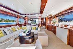 2009 Princess 85 Yacht