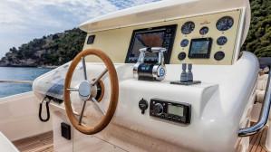Mochi Craft Dolphin 64' Cruiser
