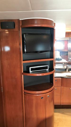 2010 Meridian 580 Pilothouse
