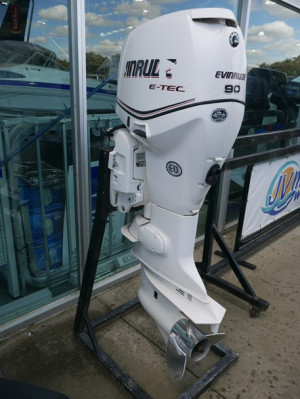 90HP EVINRUDE ETEC OUTBOARD