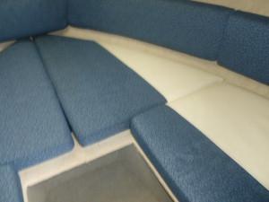 Bayliner 215  Cuddy Cabin