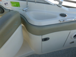 SEA RAY 220 Sun Deck 2004