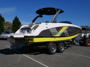 FOUR WINNS HD240RS - SPORTS SERIES BOW RIDER
