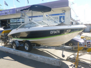 Regal 200 fasttrack bow rider 2008