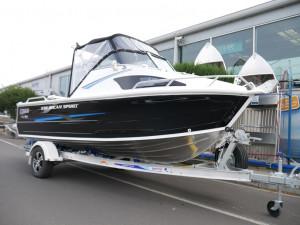 QUINTREX 530 OCEAN SPIRIT - CABIN BOAT