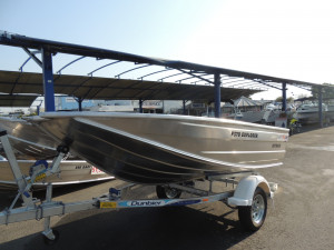 Quintrex F 370 Explorer outback Long Shaft