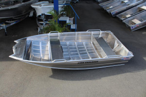 QUINTREX F390 EXPLORER HULL ONLY