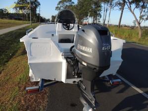POLYCRAFT 450 DRIFTER Centre Console Pack 1  Yamaha 60 Hp