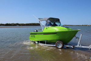 POLYCRAFT 530 Cuddy Cabin  powered by a  F115 HP   PACK 3