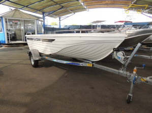 POLYCRAFT 410 CHALLENGER  Open Boat Powered by a Yamaha F50 Package  4