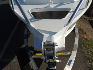 7000 YELLOWFIN CENTRE CONSOLE  200 HP PACK 3