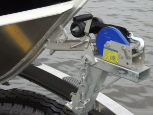 QUINTREX 690 TRIDENT   F250 hp Pack 4