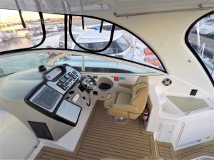 2004 440 Express Cruiser