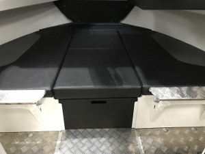Bar Crusher 615HT Plate Aluminium Hard Top