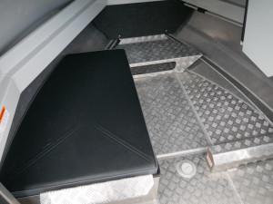 BAR CRUSHER 535C - CABIN BOAT