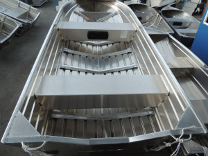 QUINTREX 370 EXPLORER HULL ONLY