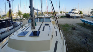 2001 Roberts 53 Expedition Vessel