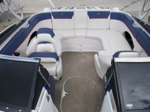Four Winns H220SS Bow Rider 2012 Model