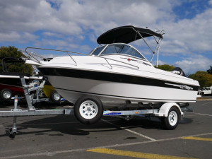 Revival 525 Runabout with 90hp Suzuki