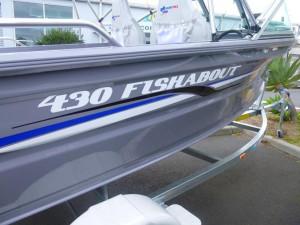 QUINTREX 430 FISHABOUT DLX