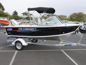 QUINTREX 430 FISHABOUT RUNABOUT