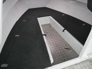 QUINTREX YELLOWFIN 6700 CABIN