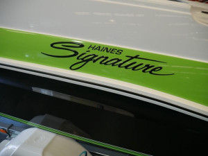 Signature 493F Runabout