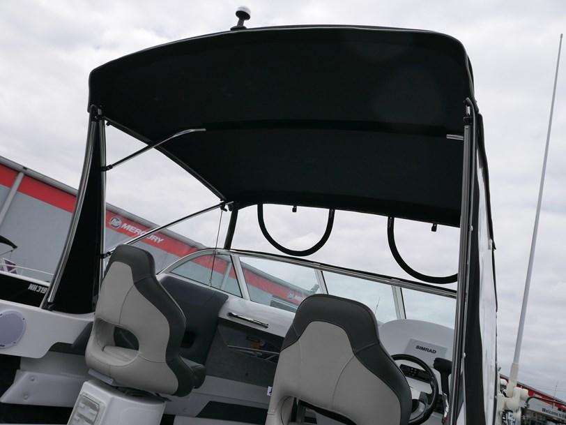 Revival R530 Weekender - Cuddy Cabin