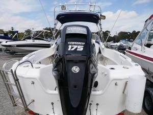 Streaker 6100 Commander - Cabin Boat