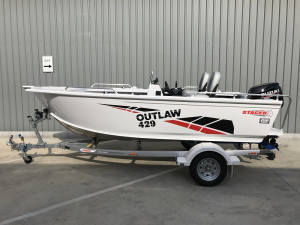 Stacer 429 Outlaw Side Console 2021 Model DF50