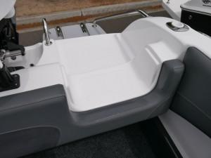 Revival 640 Offshore - Cabin Boat