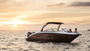 2016 Sea Ray 290 SDX  Outboard