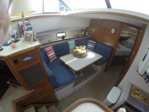 1995 Carver 440 Aft Cabin Flybridge