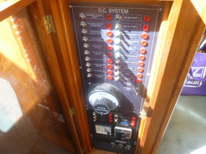 Ranger 35 Sundeck aft cabin
