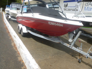Sea Ray 185 outboard sport