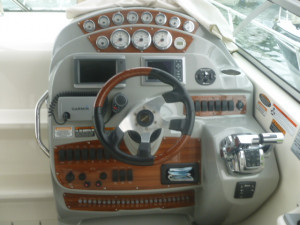 Bayliner 335