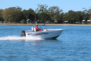 NEW  QUINTREX 460 RENEGADE S/C WITH F 70 HP PACK  4
