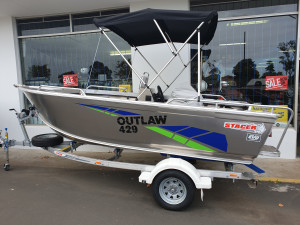 429 Outlaw side consol, trailer & 50hp Mercury 4 stroke