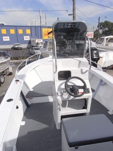 Brand new Horizon 515 Pacific Deluxe centre console aluminium boat.