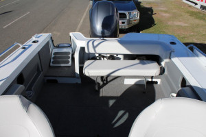 QUINTREX 540 CRUISEABOUT  F130HP Pack 4