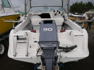 Freedom 530 Escape - Cabin Boat