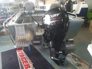 429 Outlaw tiller steer, trailer & 40hp Mercury 4 stroke