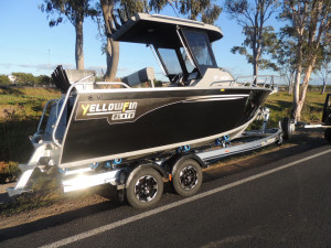 6200 YELLOWFIN Centre Cabin 150 HP PACK 4