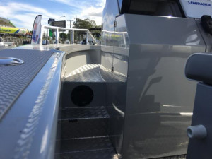 7600 YELLOWFIN  CENTRE CABIN 225HP PACK 1