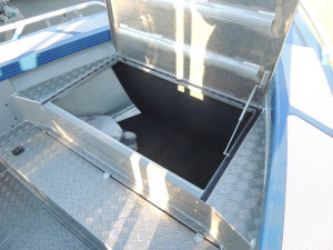 6200 YELLOWFIN Rear or Centre Console 150 HP PACK 2