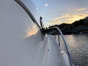 2009 Riviera 4400 Sports Yacht